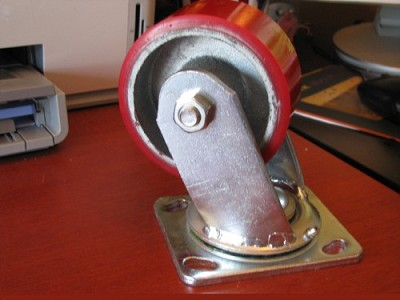 4 inch Heavy Duty Caster with Rotating Plate and Red Wheel